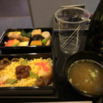ANA NH540便 高松-羽田 プレミアクラス搭乗記 機内食・ドリンク・座席など
