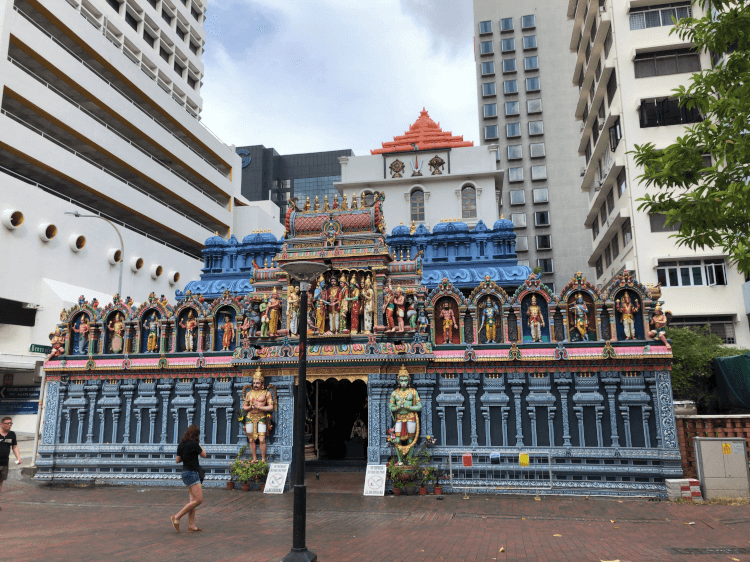 スリ・クシュナン寺院 (Sri Krishnan Temple)