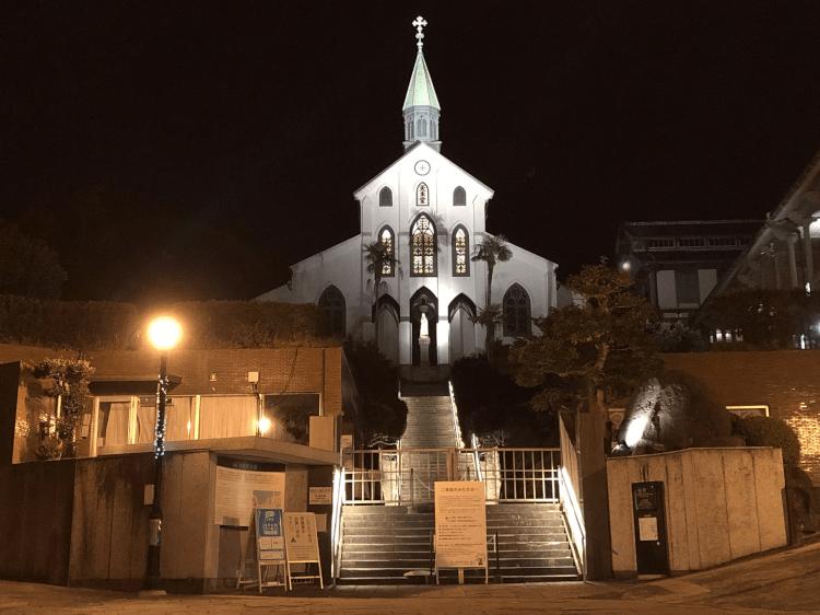 ライトアップされた大浦天主堂