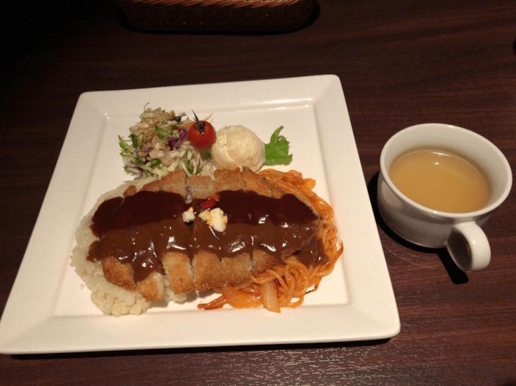 トルコライスとスープ@ひかりのレストラン 稲佐山山頂展望台 長崎