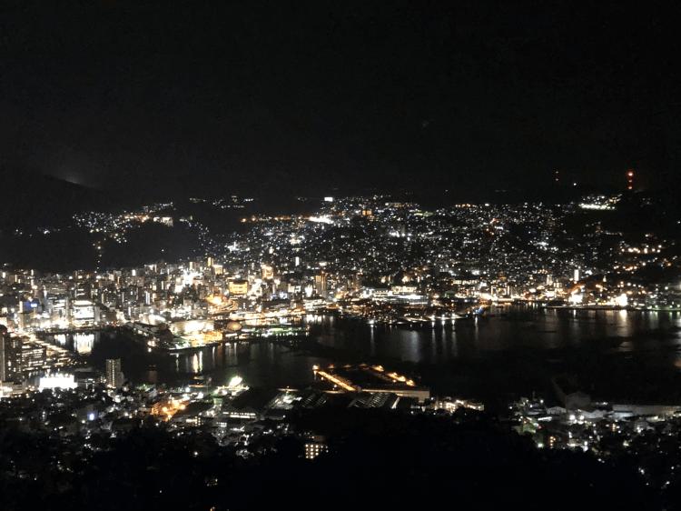ひかりのレストランから撮った長崎の夜景